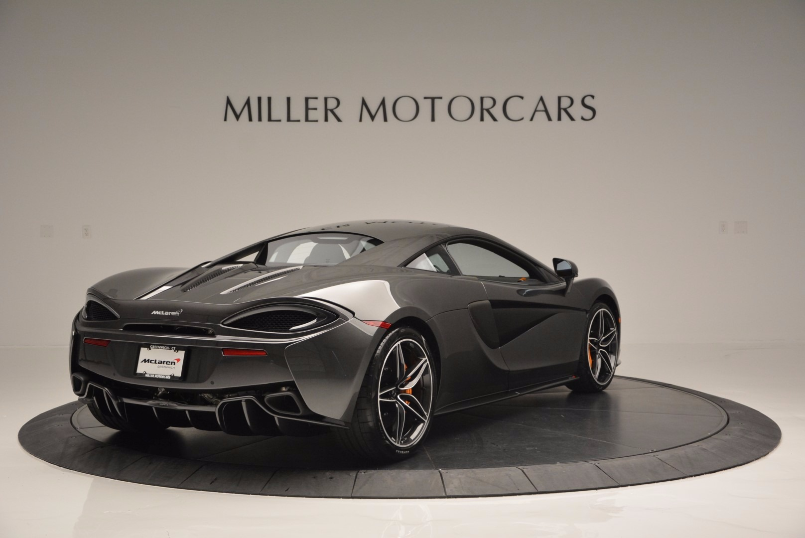 Used 2016 McLaren 570S  For Sale In Westport, CT 1498_p7