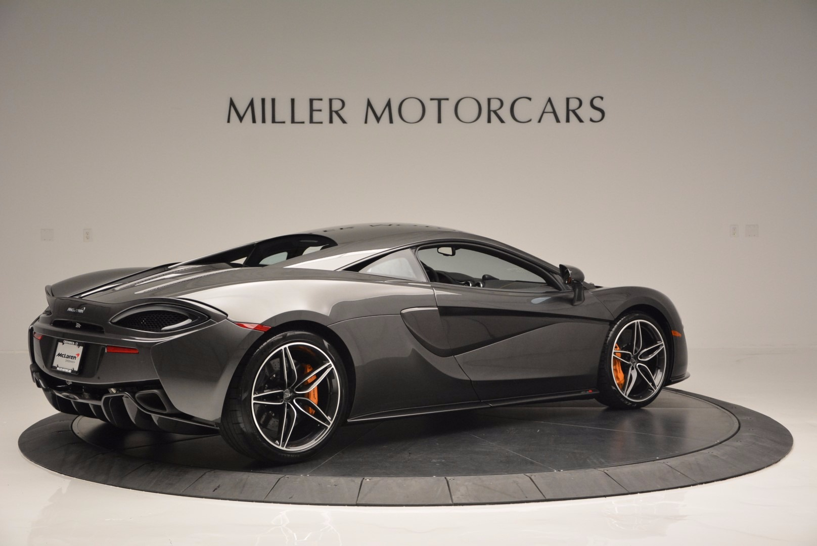 Used 2016 McLaren 570S  For Sale In Westport, CT 1498_p8