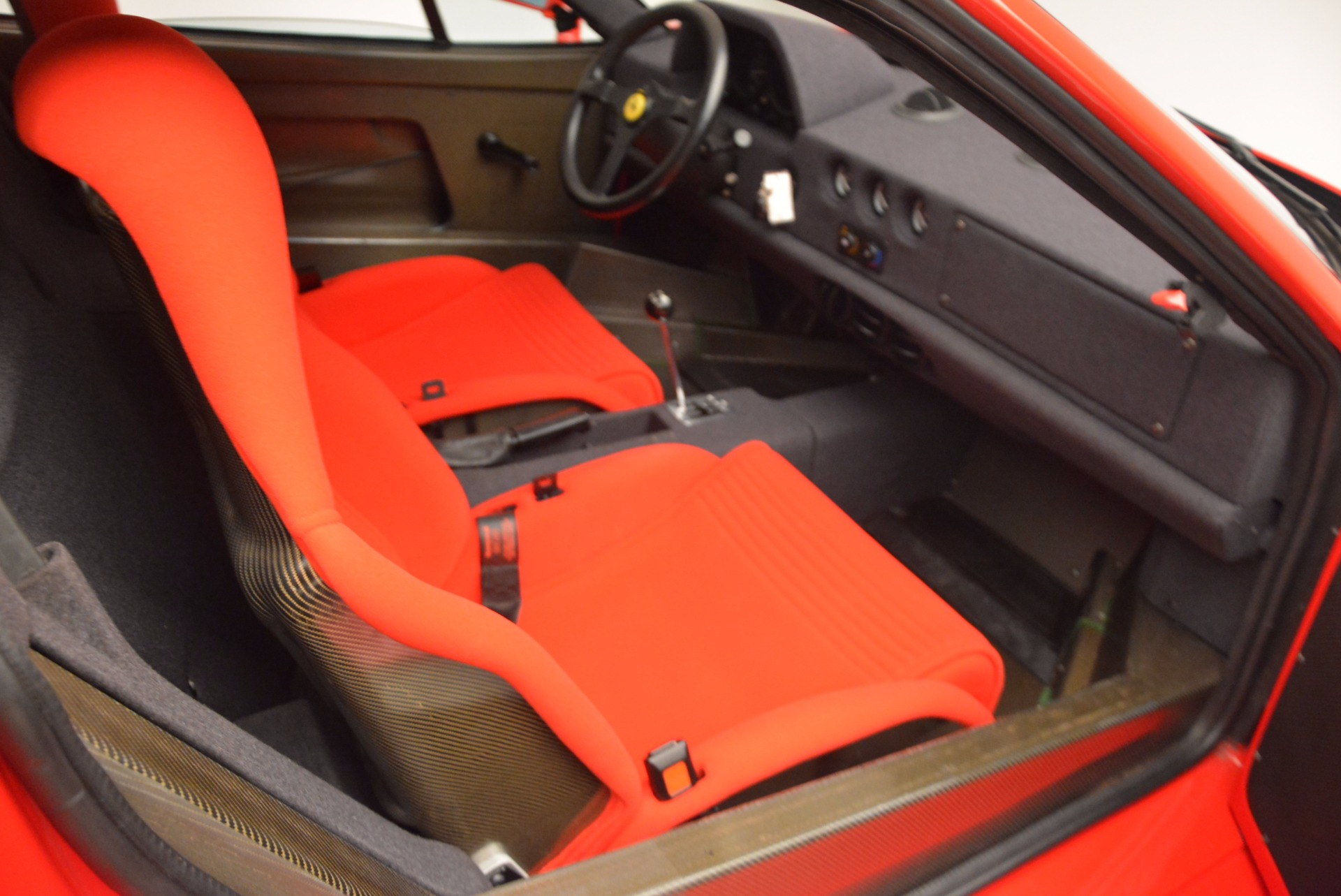 Used 1992 Ferrari F40  For Sale In Westport, CT 1500_p17