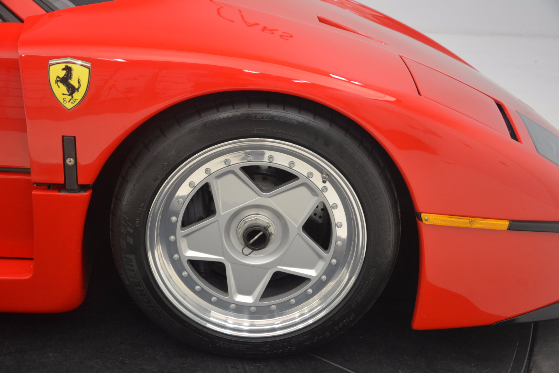 Used 1992 Ferrari F40  For Sale In Westport, CT 1500_p21