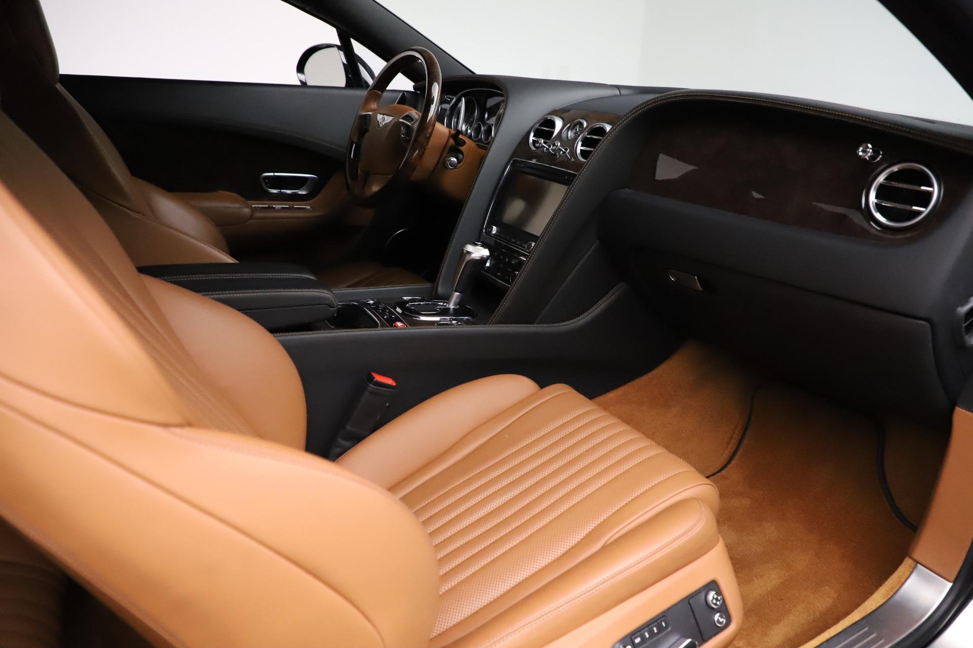 New 2017 Bentley Continental GT W12 For Sale In Westport, CT 1501_p22