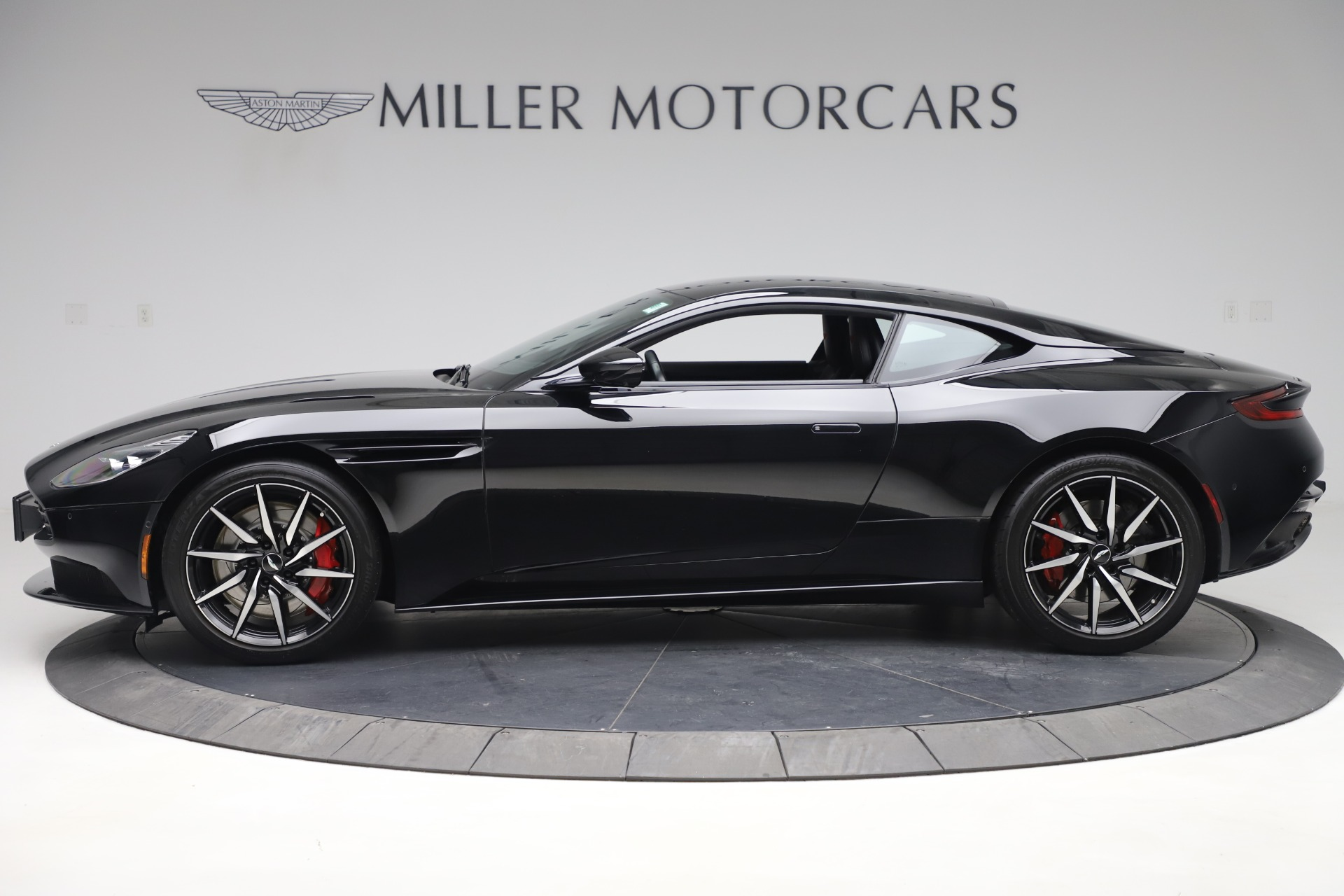 New 2017 Aston Martin DB11  For Sale In Westport, CT 1503_p3
