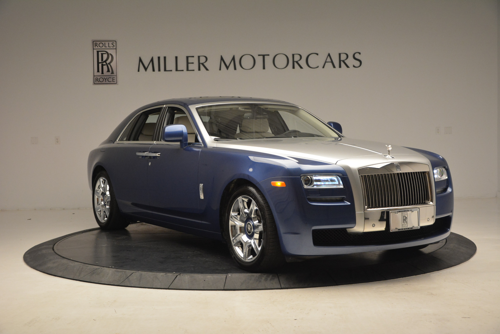 Used 2010 Rolls-Royce Ghost  For Sale In Westport, CT 1504_p13