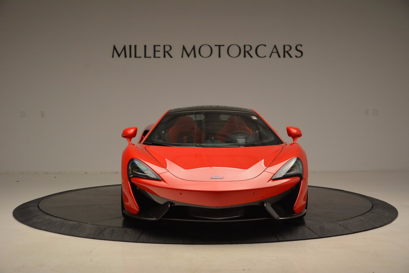 Used 2017 McLaren 570GT  For Sale In Westport, CT 1506_p11