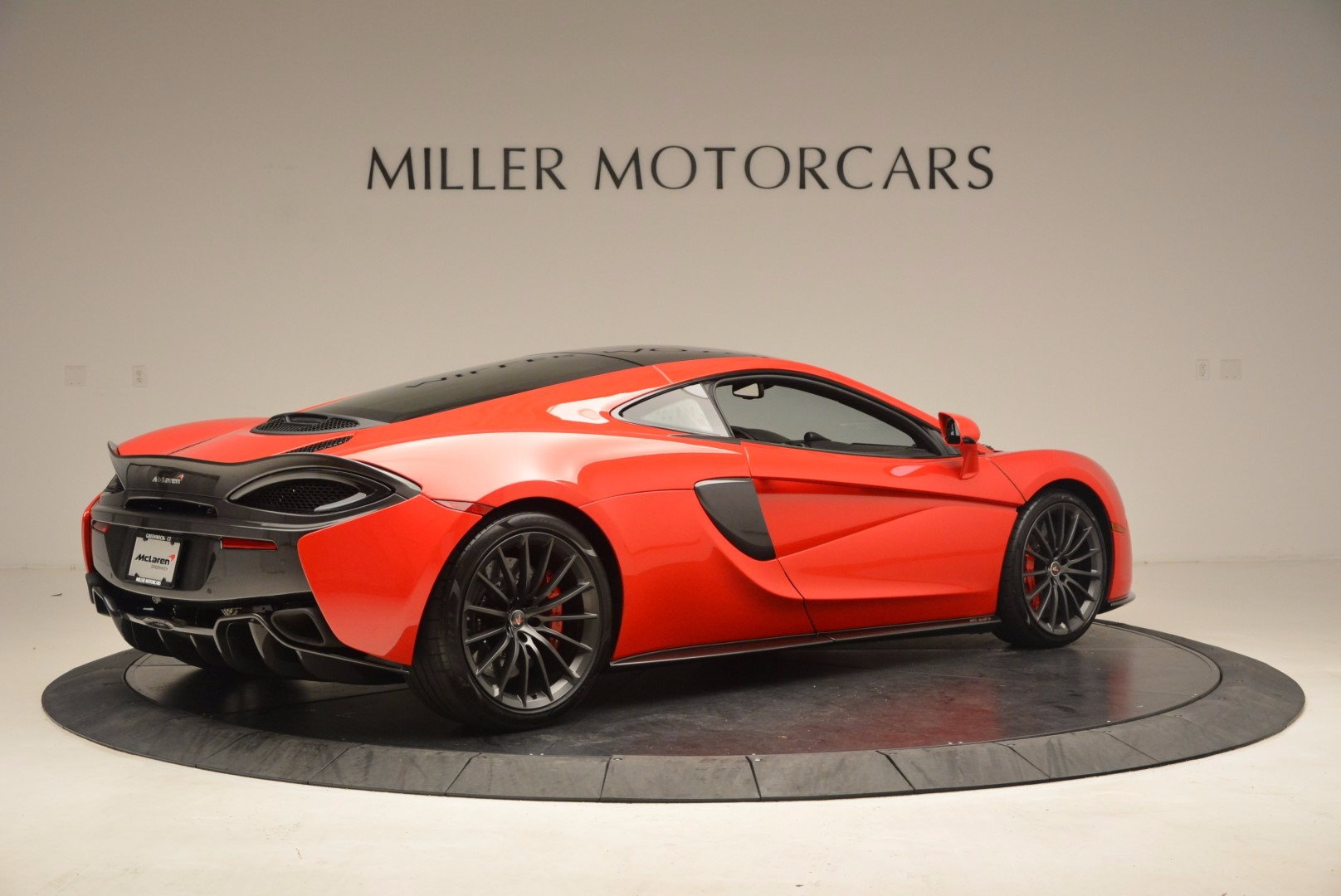 Used 2017 McLaren 570GT  For Sale In Westport, CT 1506_p7