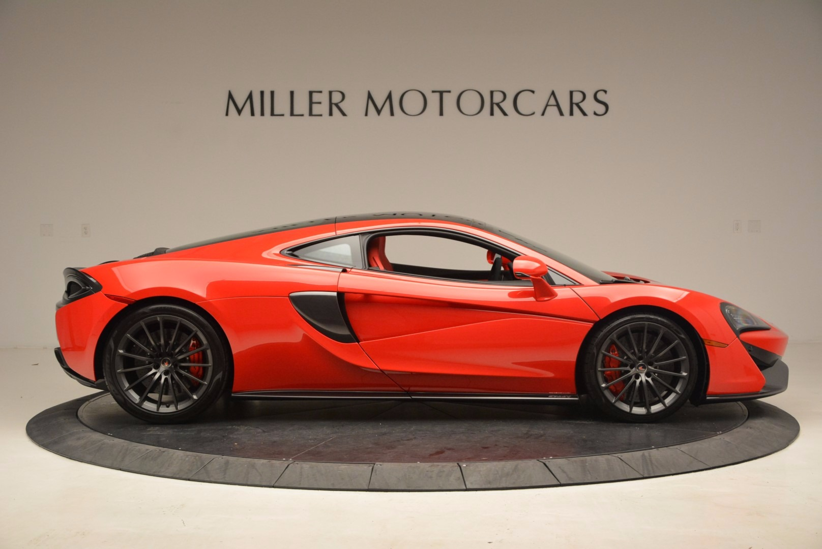 Used 2017 McLaren 570GT  For Sale In Westport, CT 1506_p8