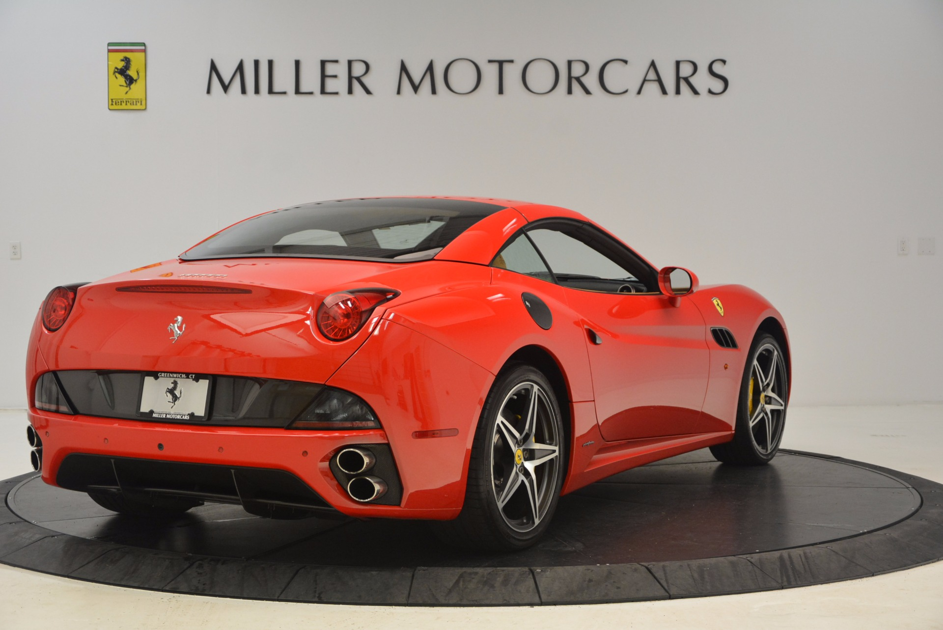 Used 2012 Ferrari California  For Sale In Westport, CT 1508_p14