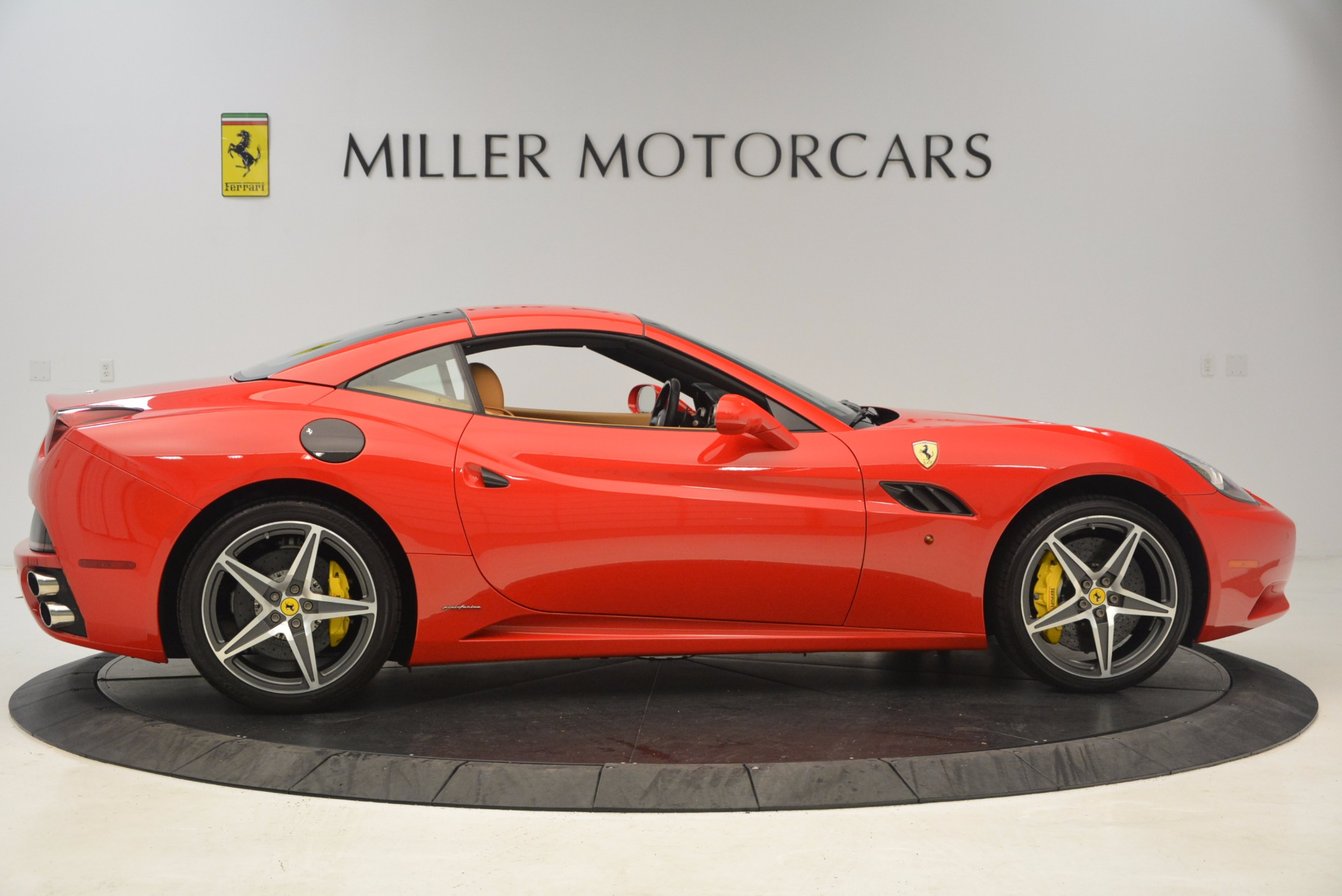 Used 2012 Ferrari California  For Sale In Westport, CT 1508_p15