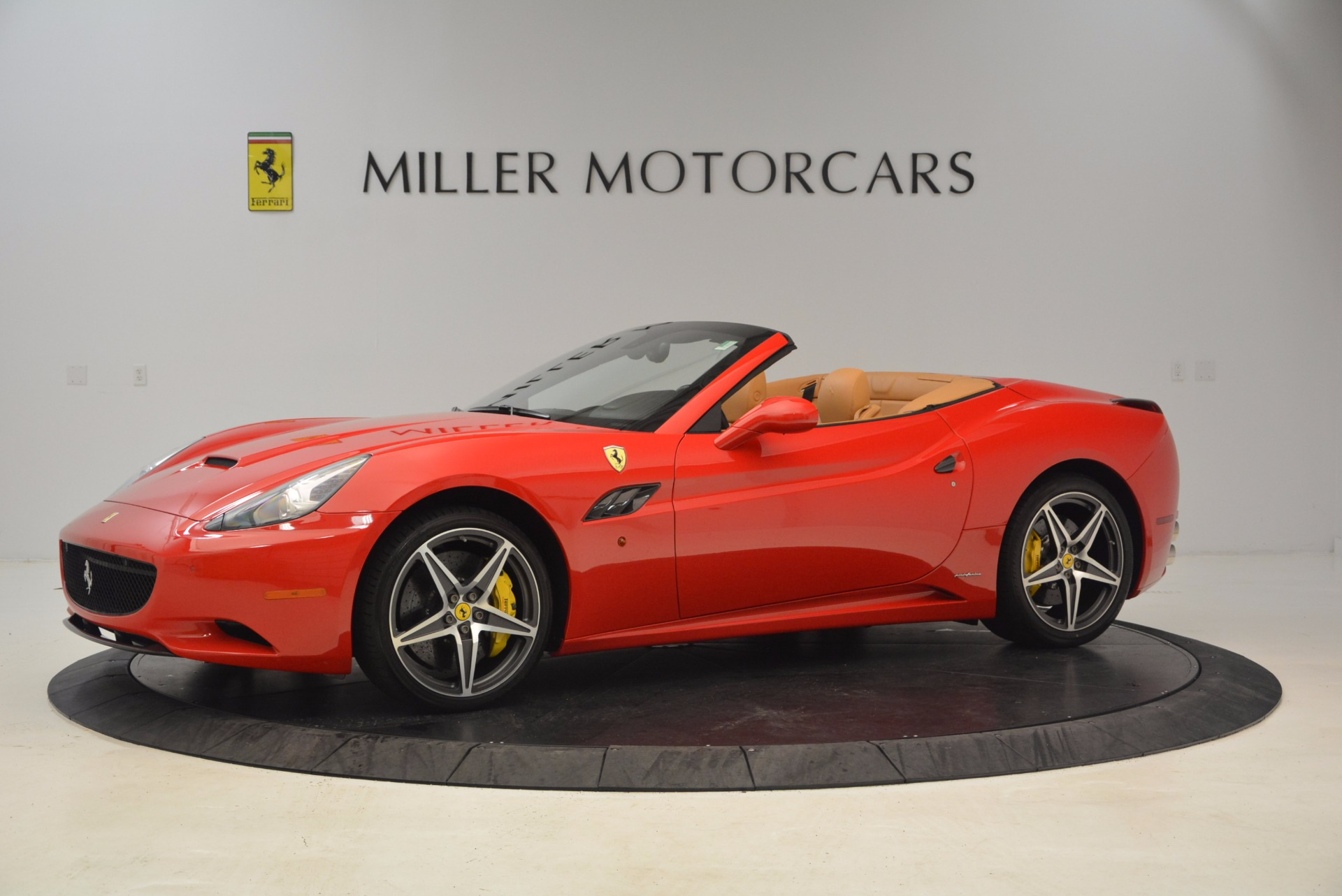 Used 2012 Ferrari California  For Sale In Westport, CT 1508_p2