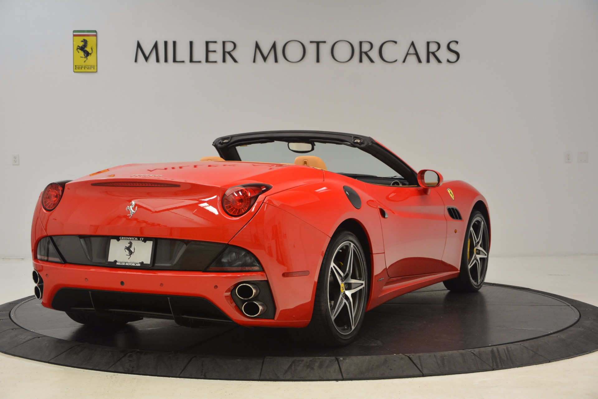 Used 2012 Ferrari California  For Sale In Westport, CT 1508_p7