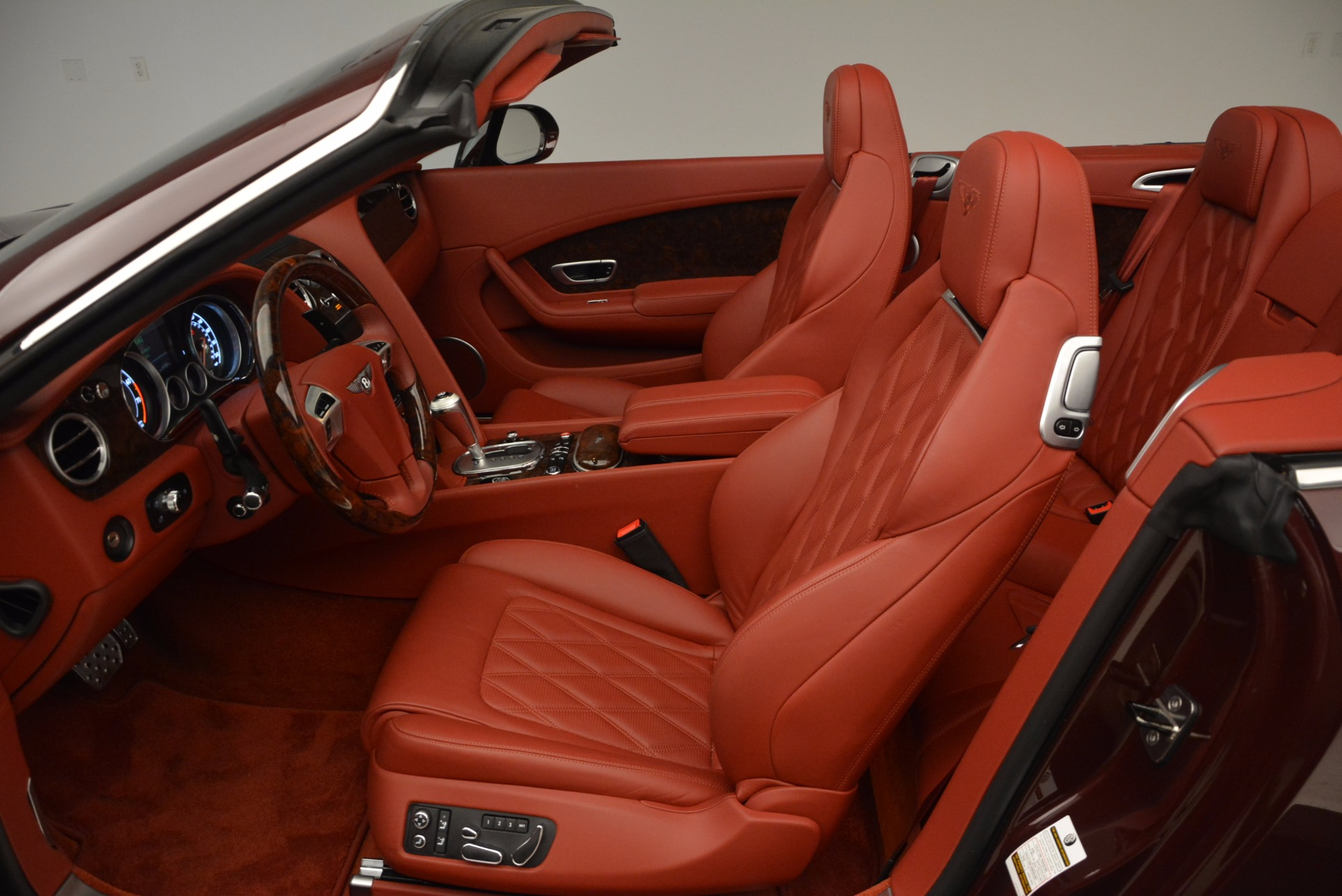 Used 2014 Bentley Continental GT W12 For Sale In Westport, CT 1516_p31
