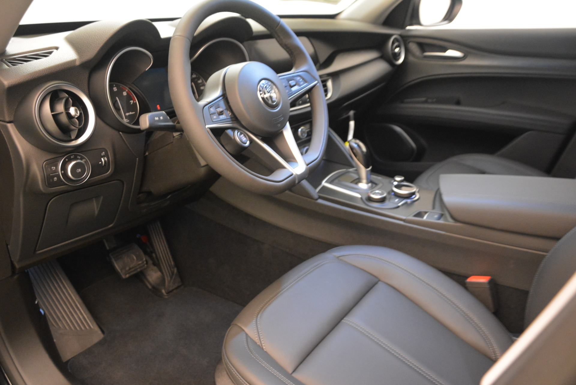 New 2018 Alfa Romeo Stelvio Q4 For Sale In Westport, CT 1522_p13
