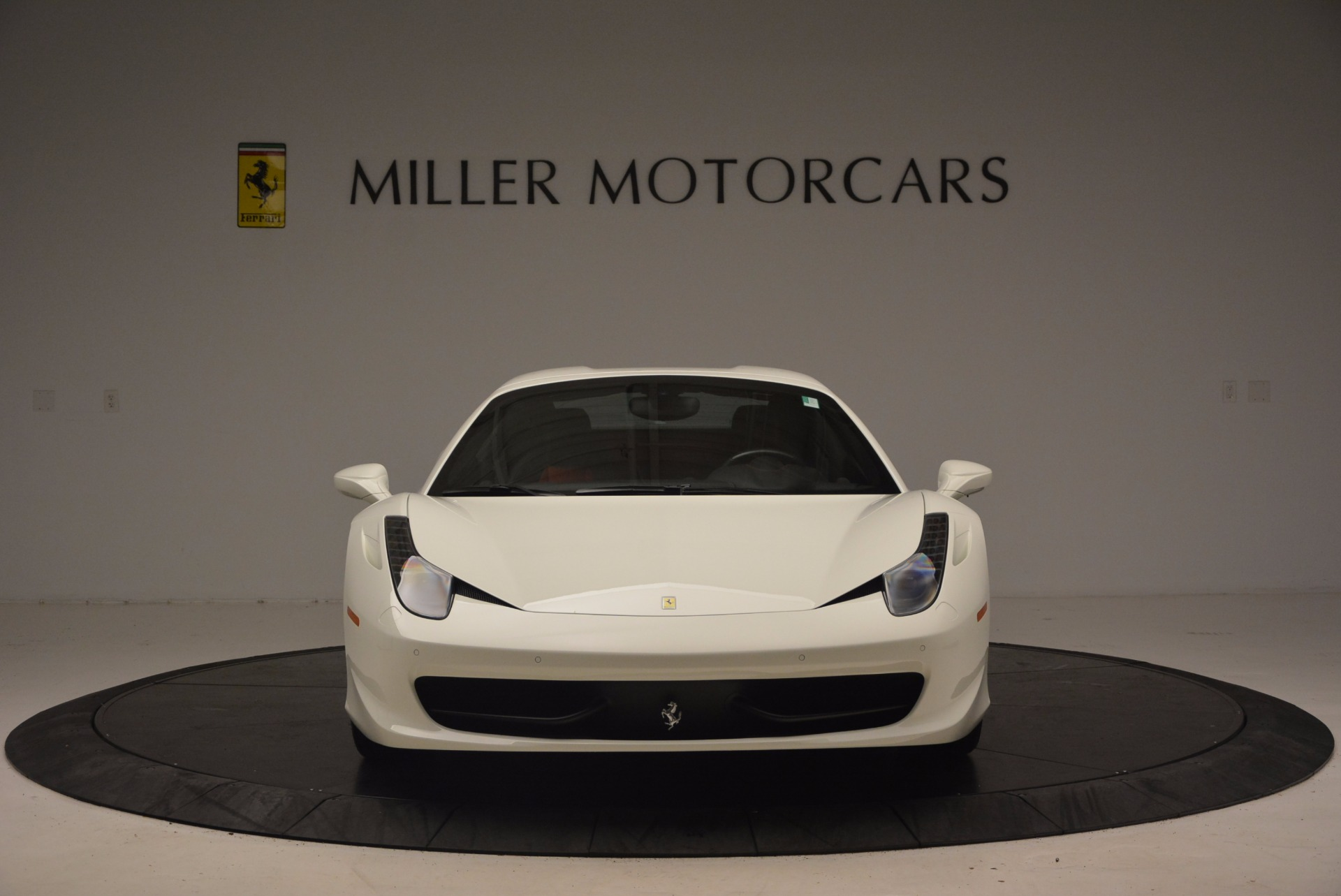 Used 2015 Ferrari 458 Spider  For Sale In Westport, CT 1534_p24