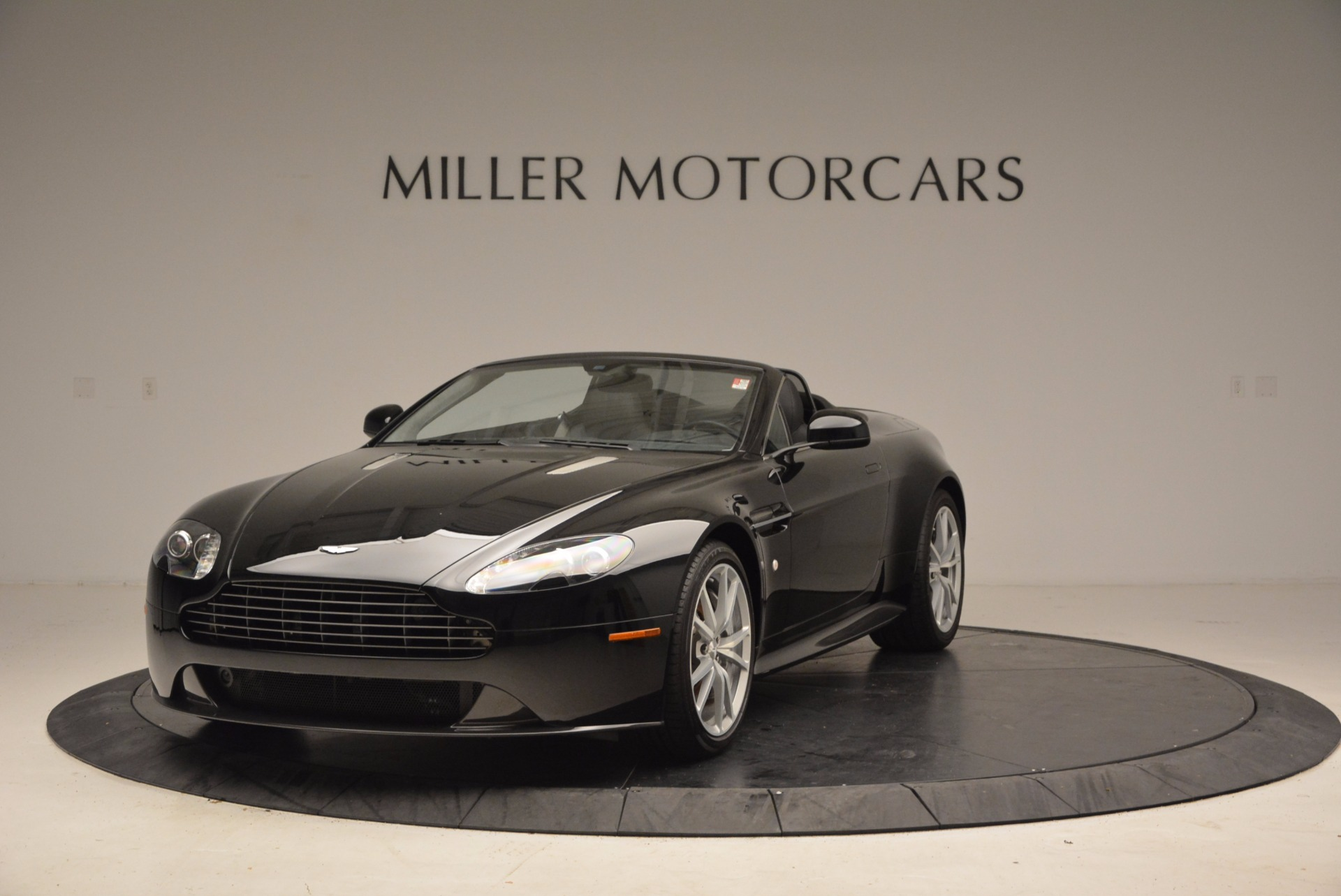 New 2016 Aston Martin V8 Vantage Roadster For Sale In Westport, CT 1546_main