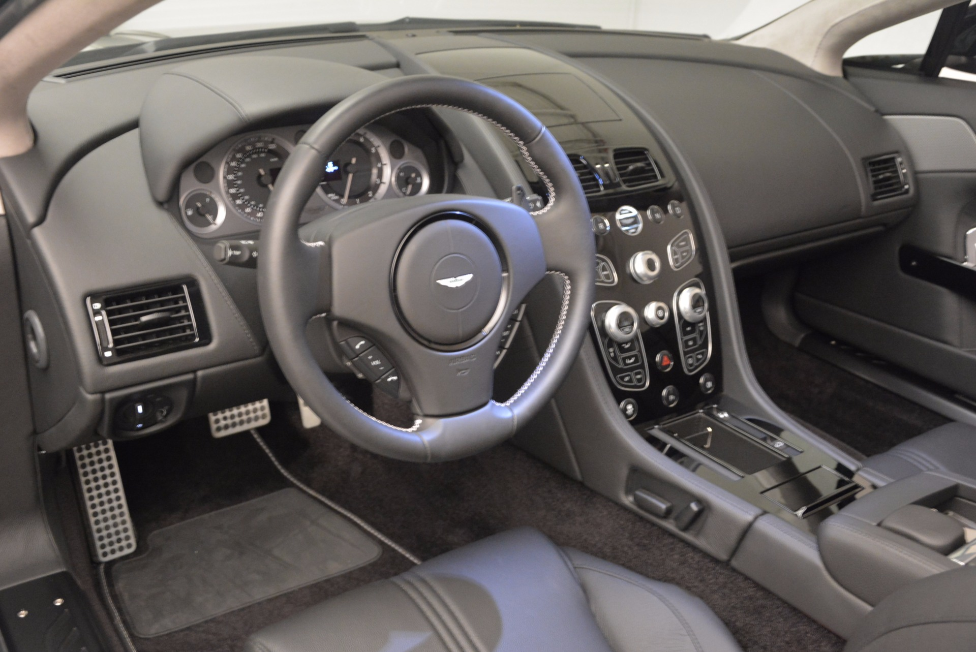 New 2016 Aston Martin V8 Vantage Roadster For Sale In Westport, CT 1546_p27