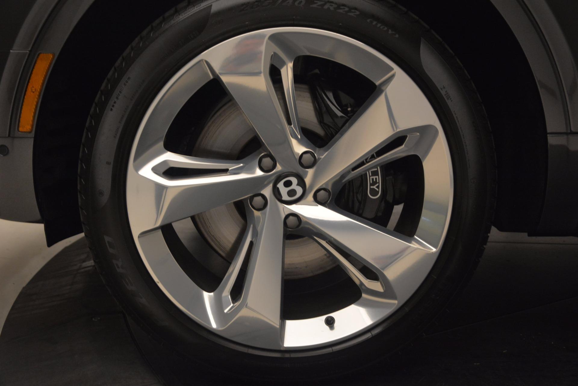 New 2018 Bentley Bentayga Signature For Sale In Westport, CT 1547_p17