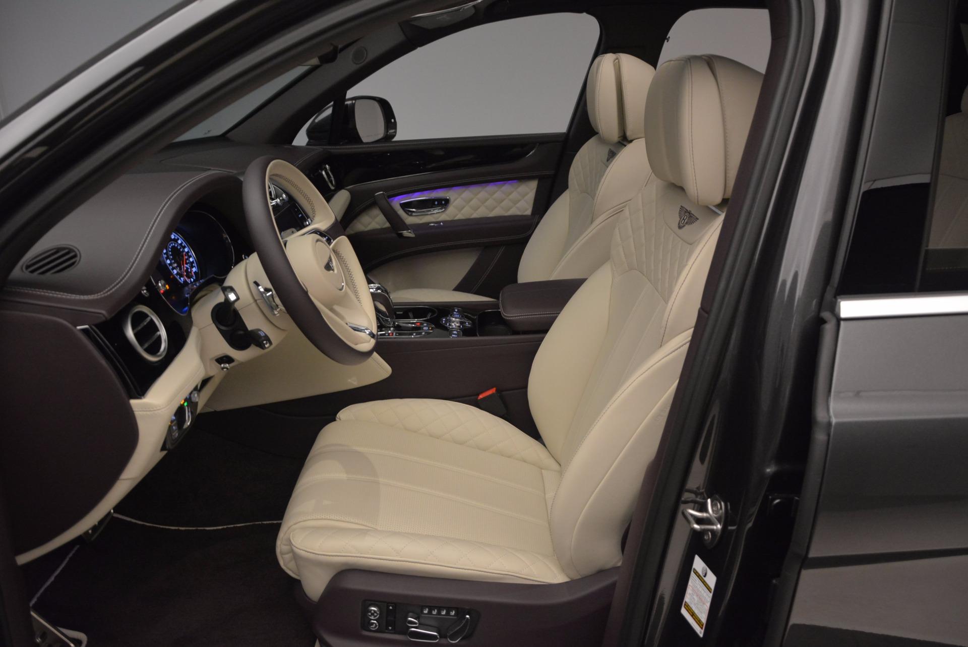 New 2018 Bentley Bentayga Signature For Sale In Westport, CT 1547_p26