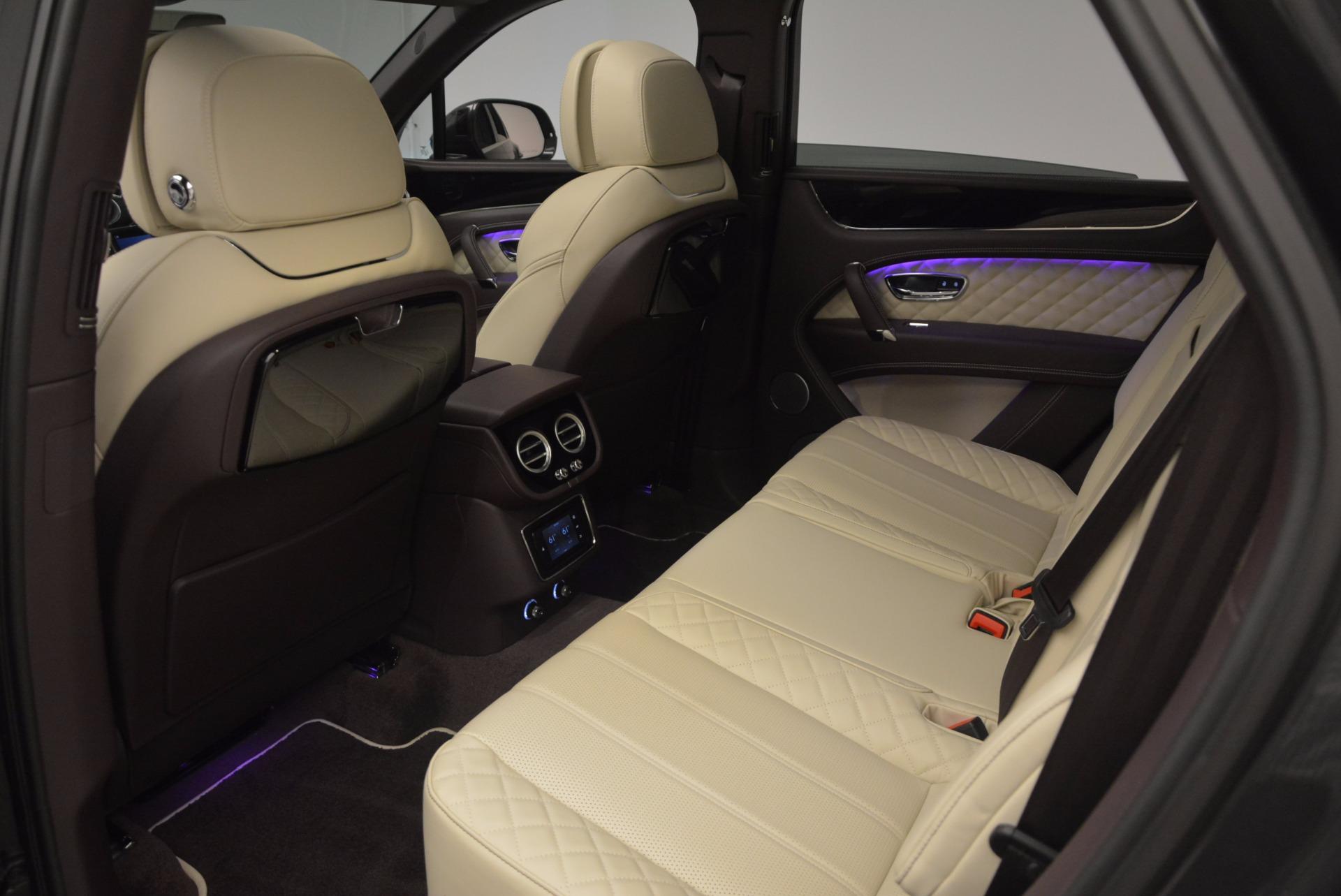 New 2018 Bentley Bentayga Signature For Sale In Westport, CT 1547_p30