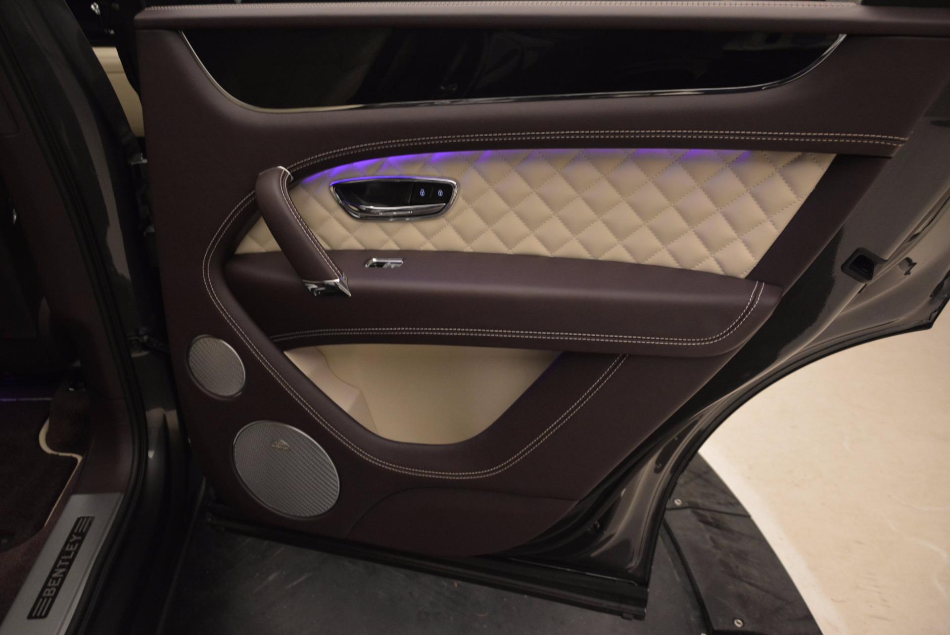 New 2018 Bentley Bentayga Signature For Sale In Westport, CT 1547_p37