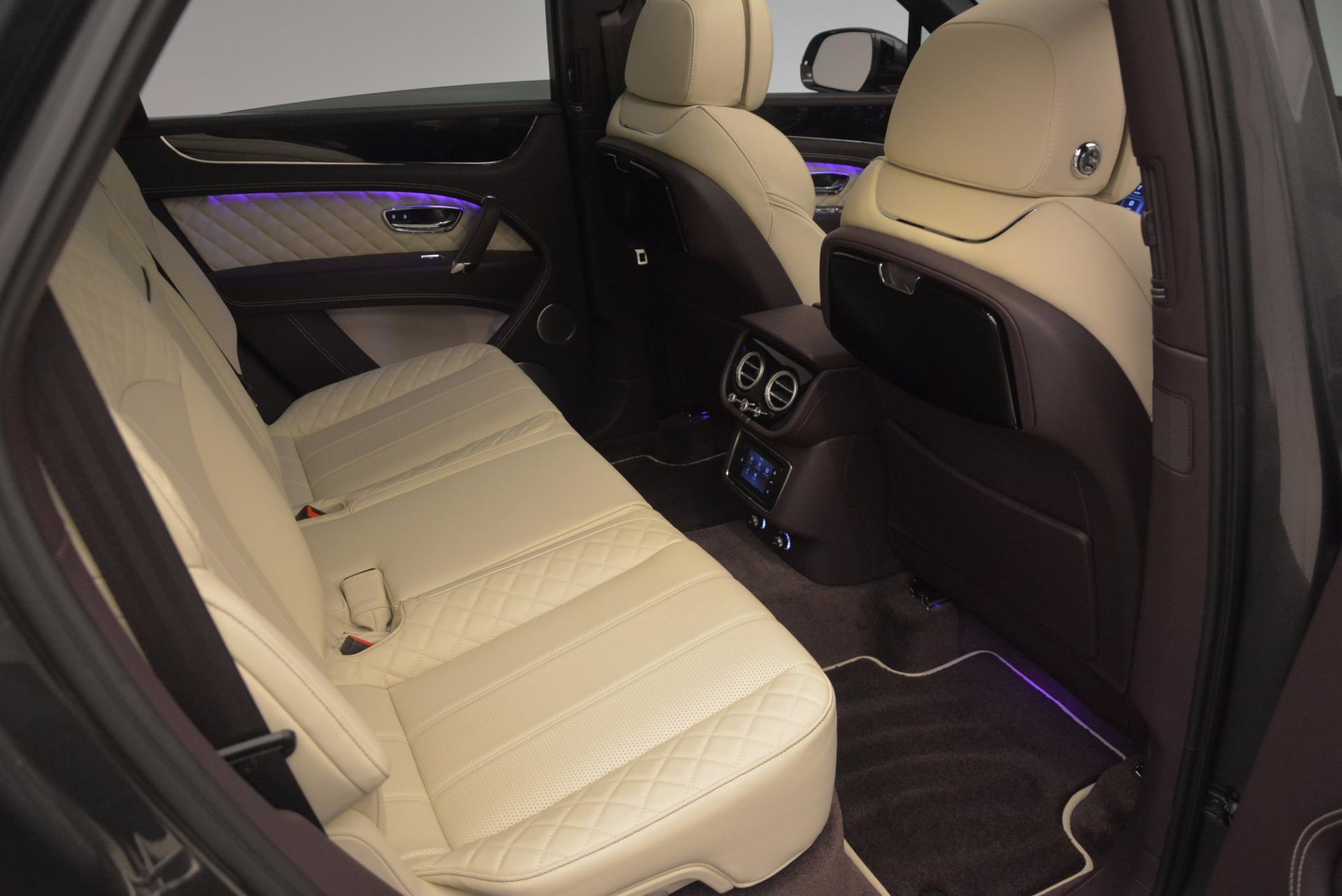 New 2018 Bentley Bentayga Signature For Sale In Westport, CT 1547_p39