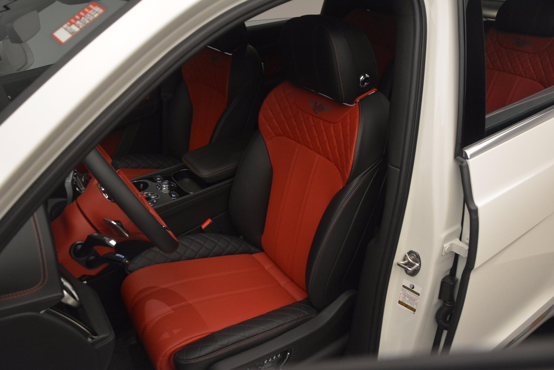New 2018 Bentley Bentayga Onyx For Sale In Westport, CT 1548_p19
