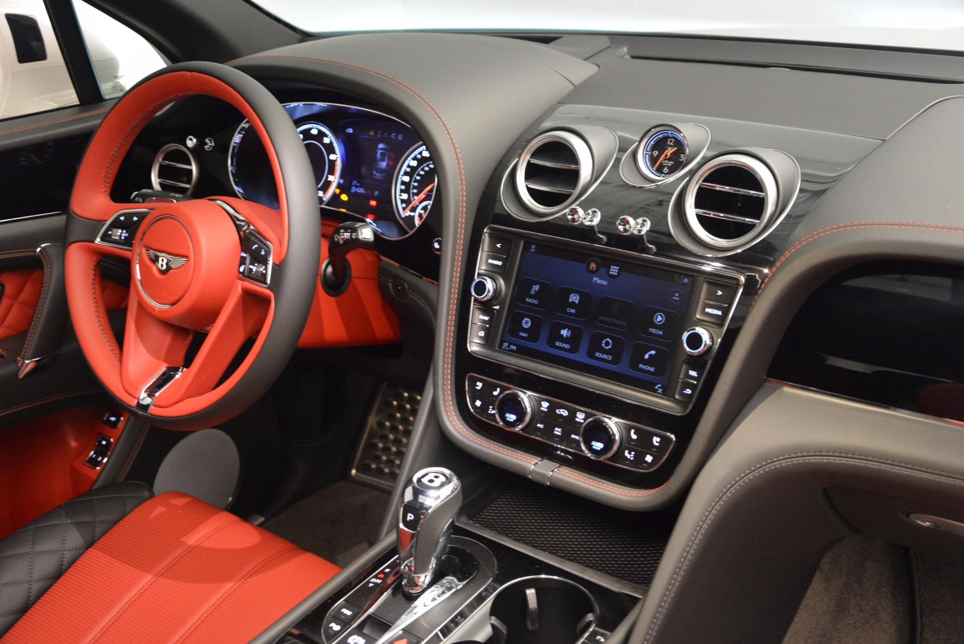 New 2018 Bentley Bentayga Onyx For Sale In Westport, CT 1548_p29