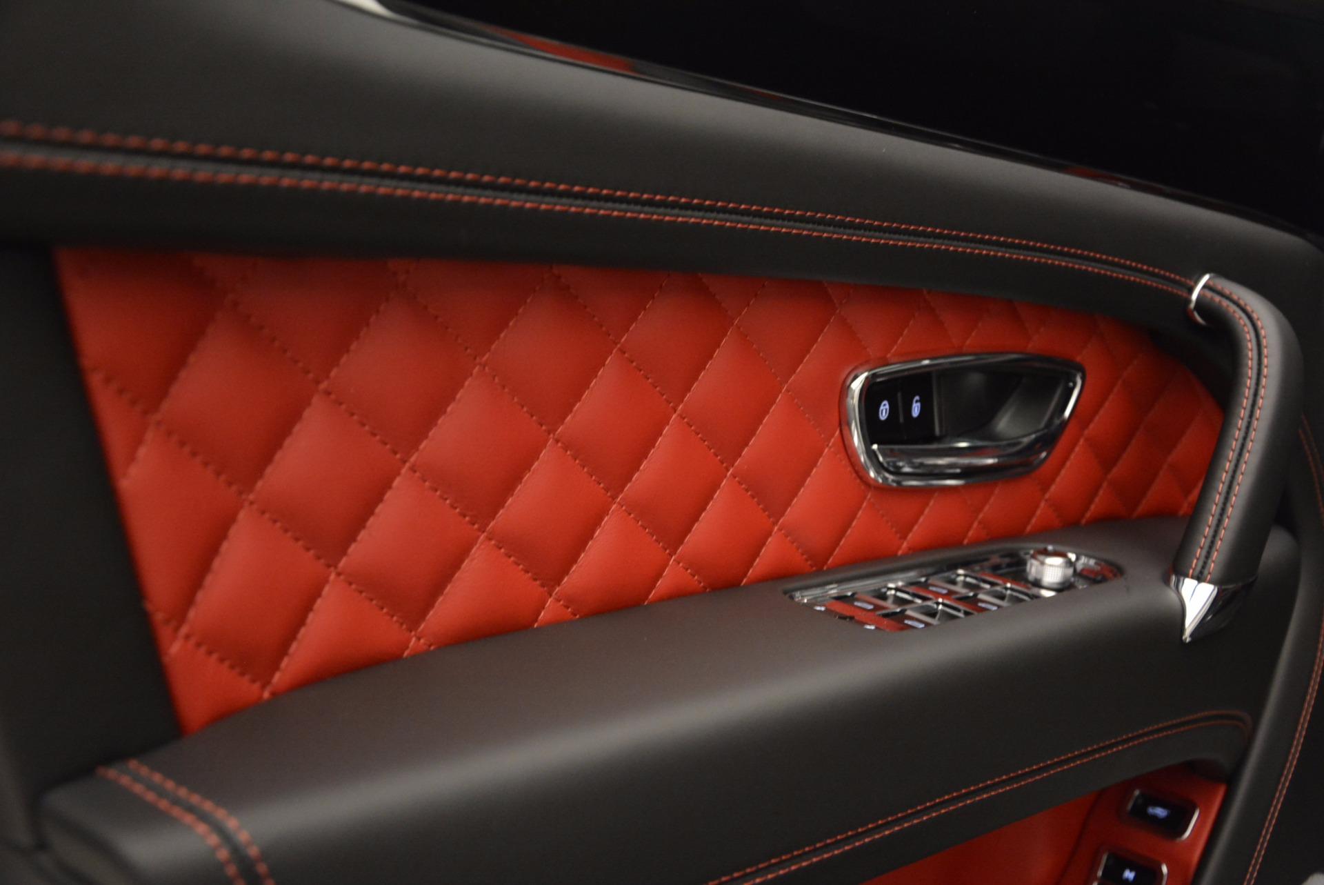 New 2018 Bentley Bentayga Onyx For Sale In Westport, CT 1548_p30