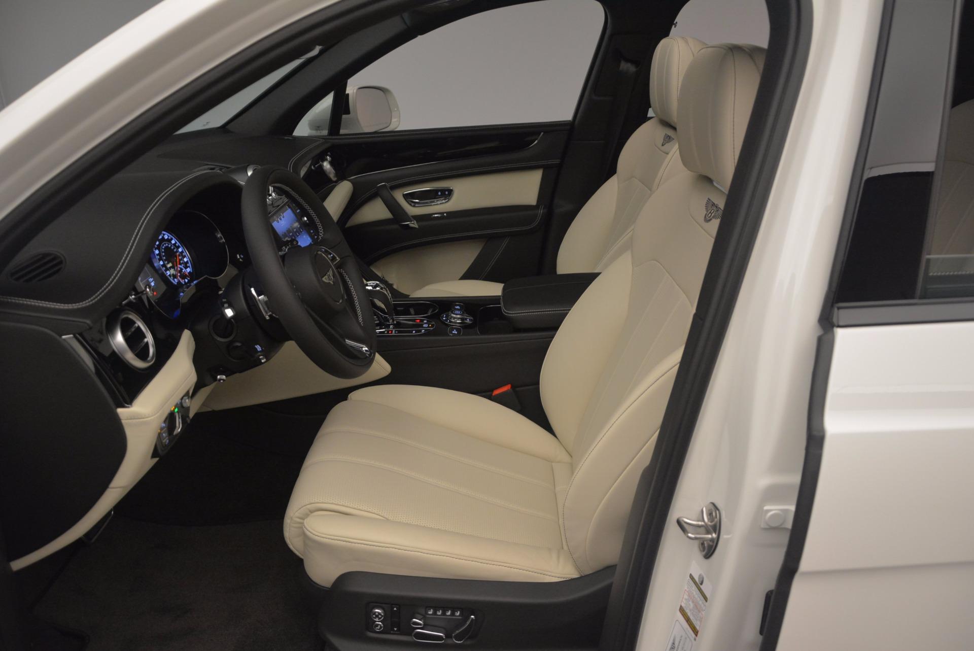 Used 2018 Bentley Bentayga Onyx For Sale In Westport, CT 1549_p17