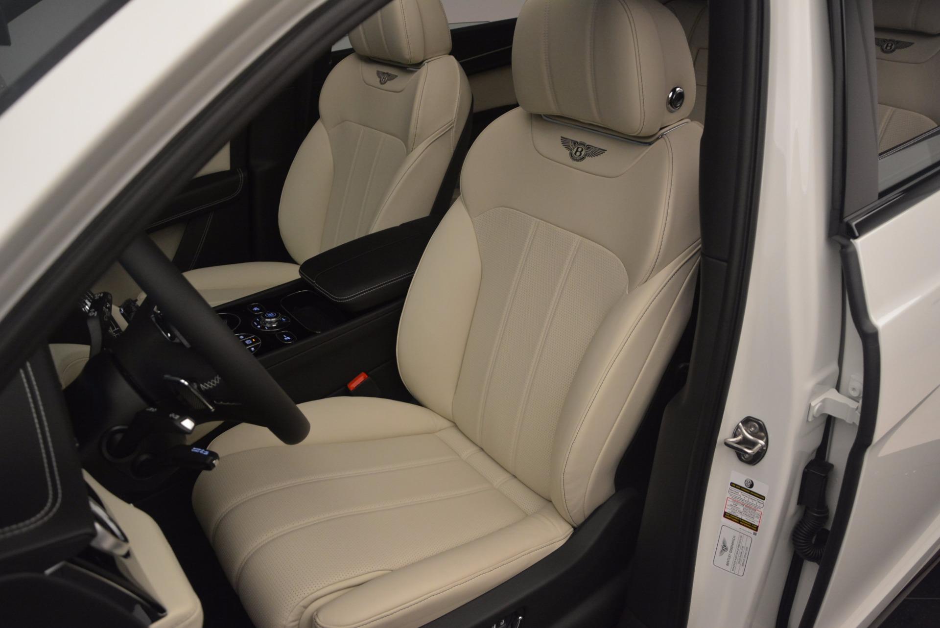 Used 2018 Bentley Bentayga Onyx For Sale In Westport, CT 1549_p18