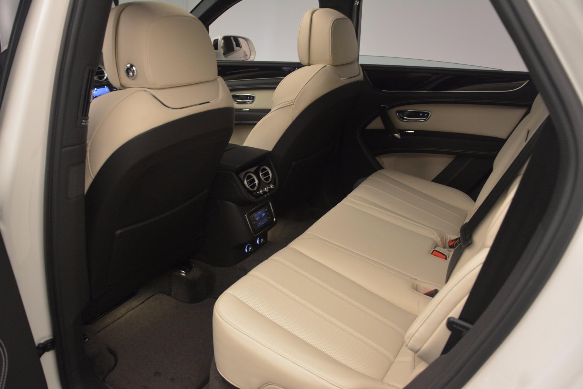 Used 2018 Bentley Bentayga Onyx For Sale In Westport, CT 1549_p20