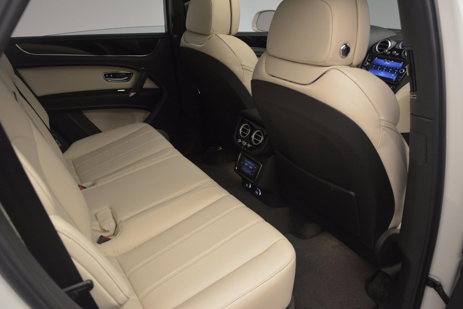 Used 2018 Bentley Bentayga Onyx For Sale In Westport, CT 1549_p25