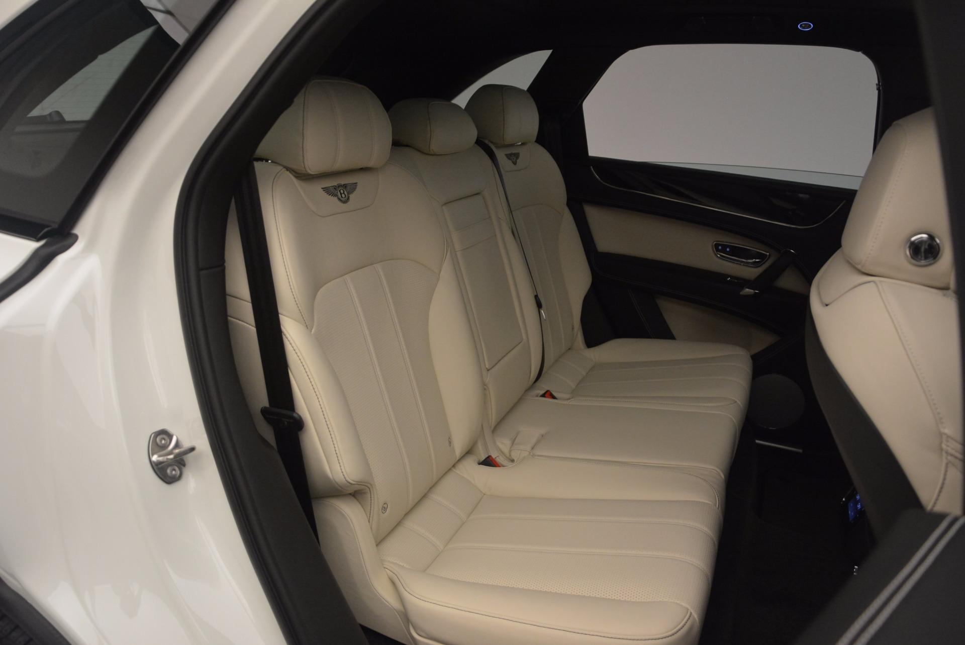 Used 2018 Bentley Bentayga Onyx For Sale In Westport, CT 1549_p26