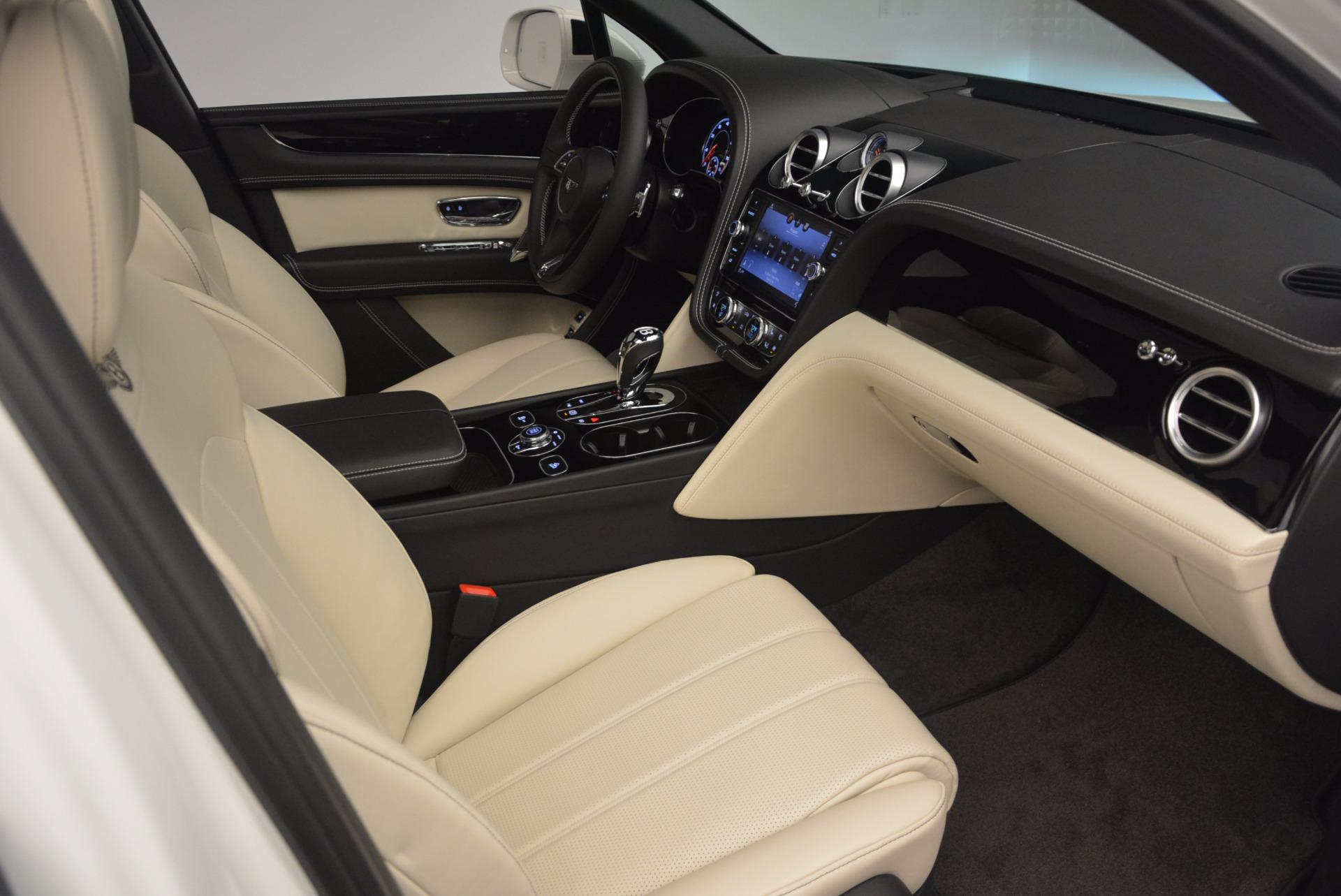 Used 2018 Bentley Bentayga Onyx For Sale In Westport, CT 1549_p27
