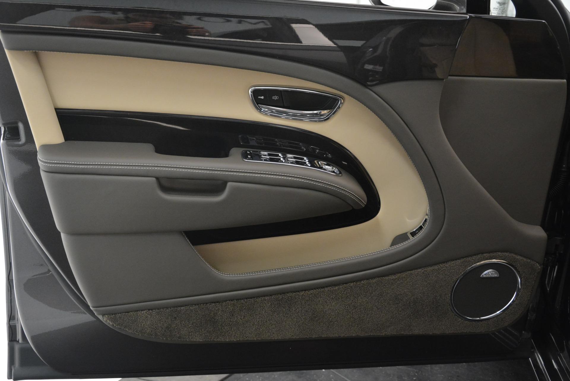 Used 2017 Bentley Mulsanne EWB For Sale In Westport, CT 1554_p8