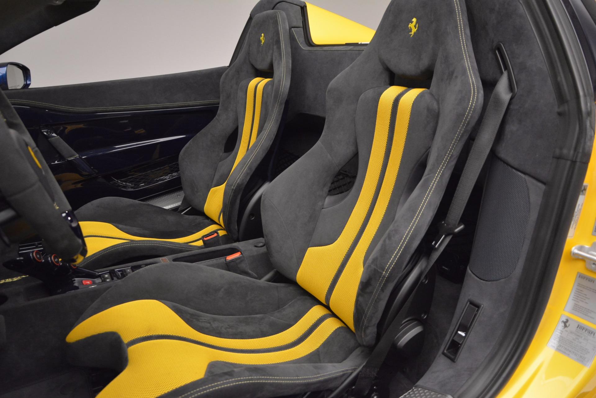 Used 2015 Ferrari 458 Speciale Aperta  For Sale In Westport, CT 1555_p23