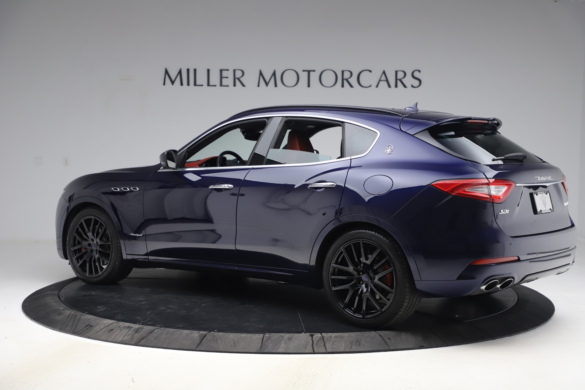 New 2018 Maserati Levante S GranSport For Sale In Westport, CT 1575_p5