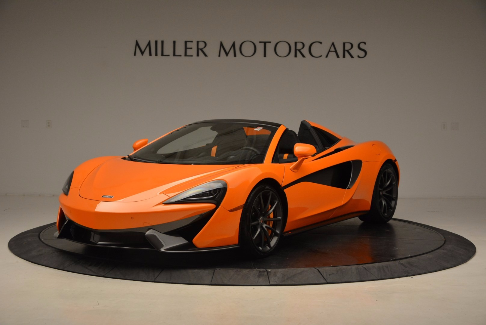 New 2018 McLaren 570S Spider  For Sale In Westport, CT 1580_main