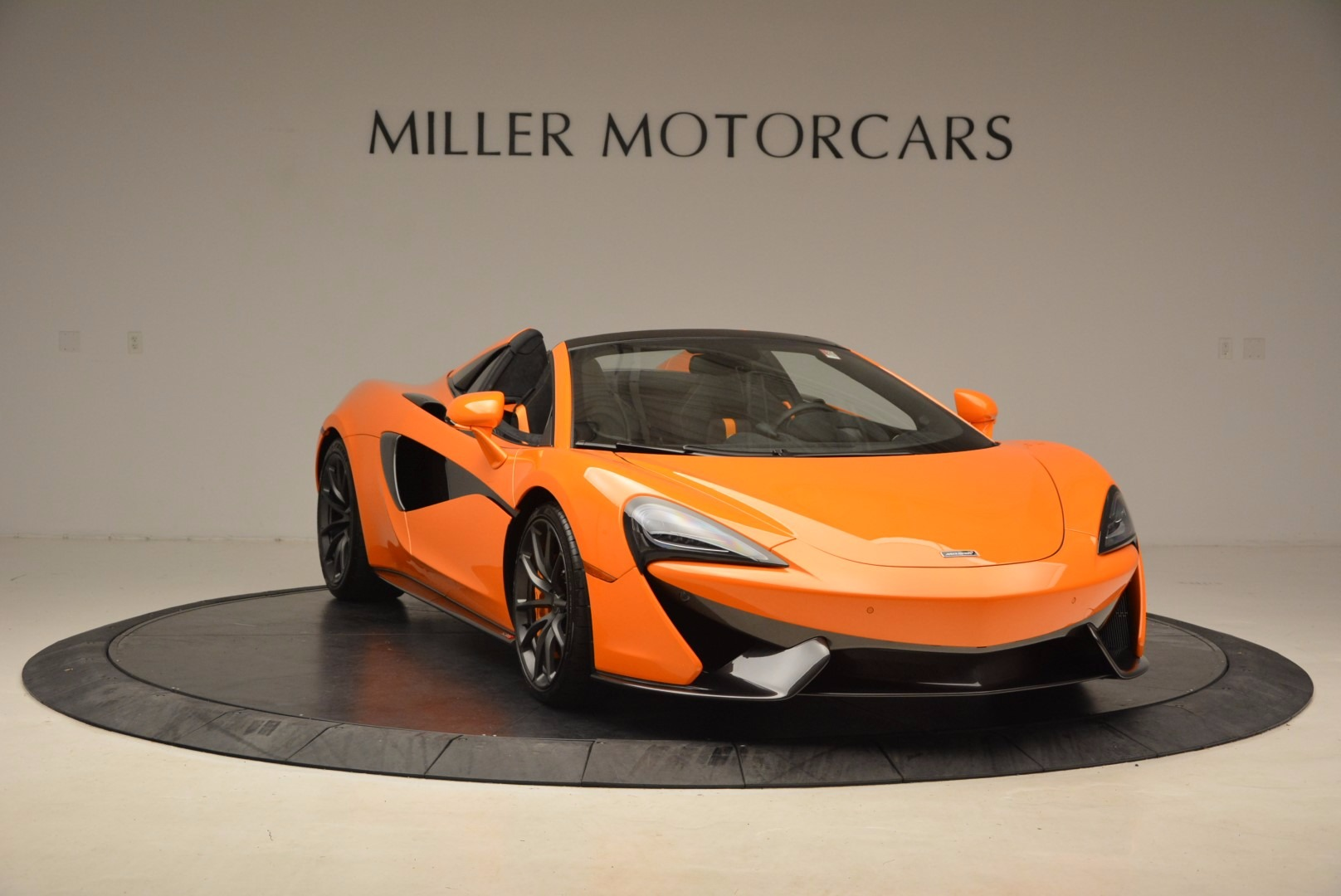 New 2018 McLaren 570S Spider  For Sale In Westport, CT 1580_p11