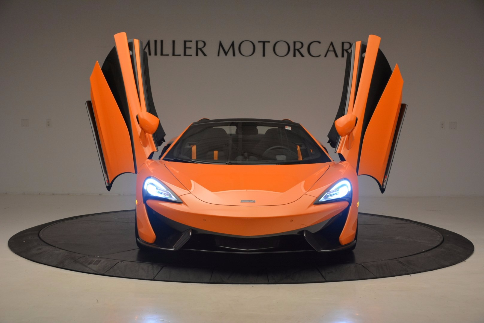 New 2018 McLaren 570S Spider  For Sale In Westport, CT 1580_p13