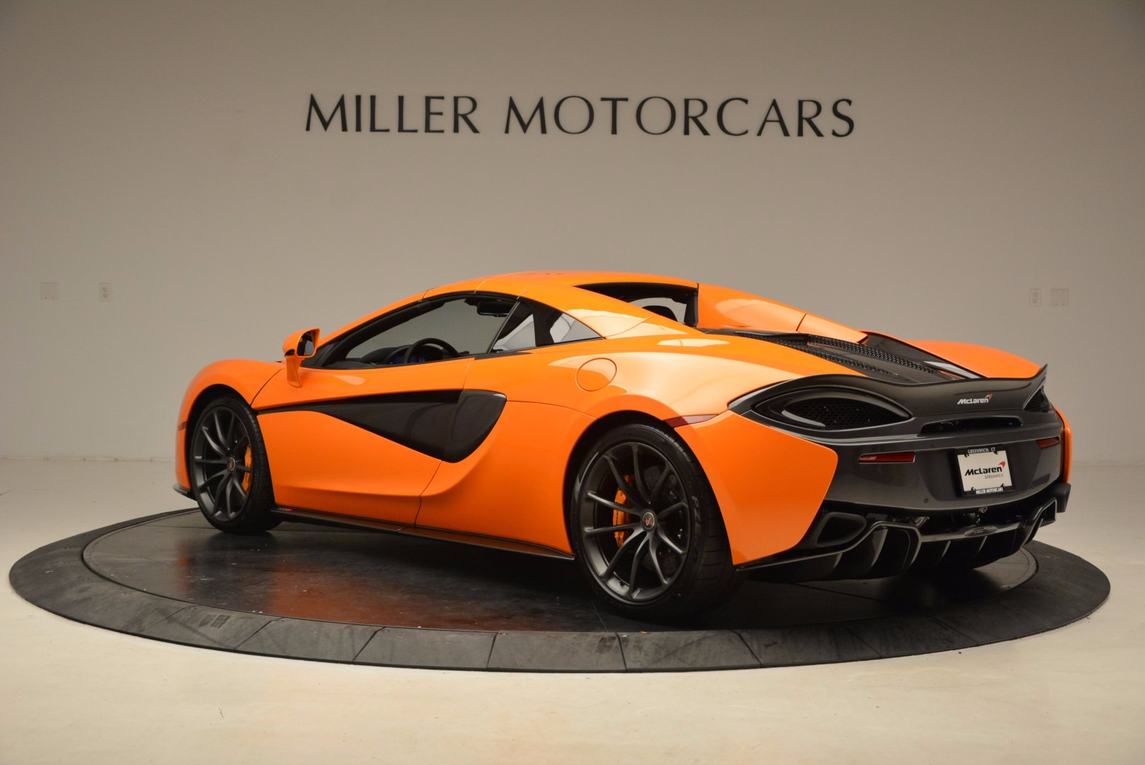 New 2018 McLaren 570S Spider  For Sale In Westport, CT 1580_p17