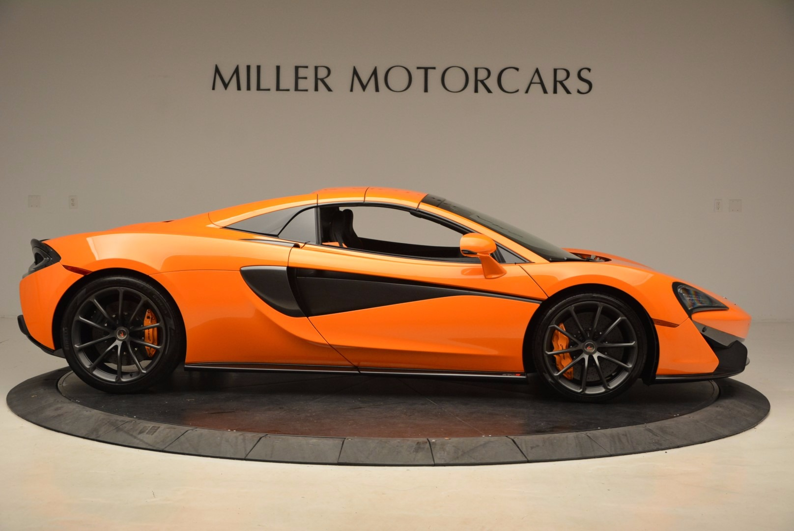New 2018 McLaren 570S Spider  For Sale In Westport, CT 1580_p20