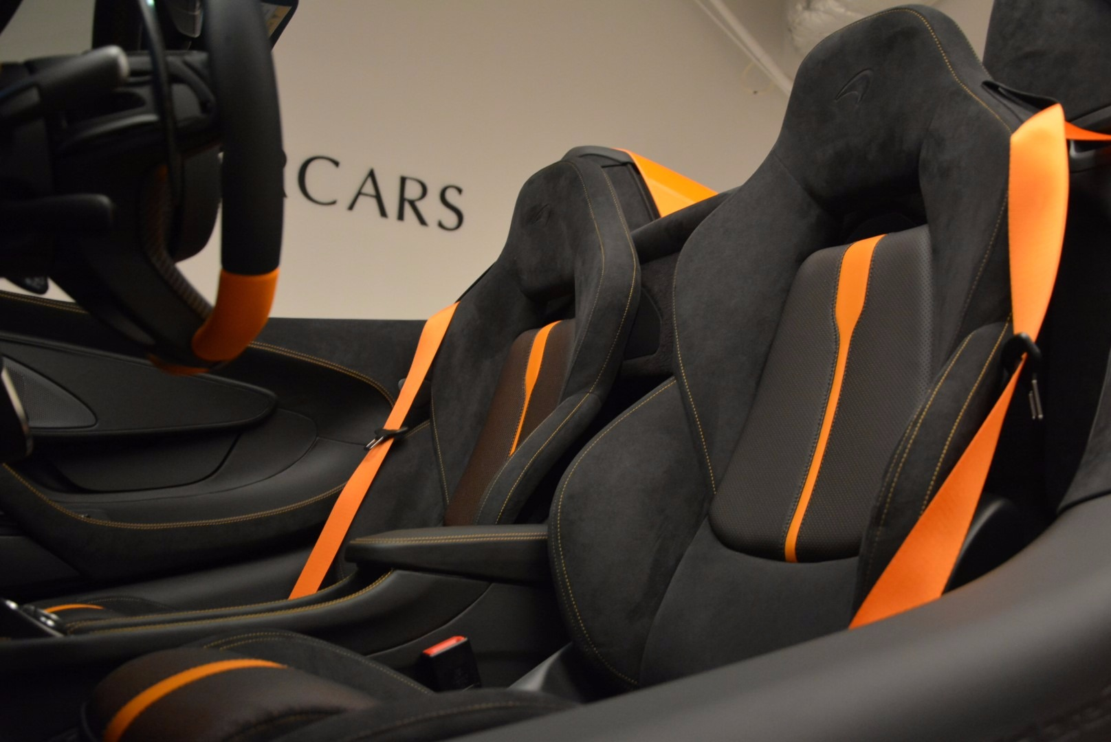 New 2018 McLaren 570S Spider  For Sale In Westport, CT 1580_p27