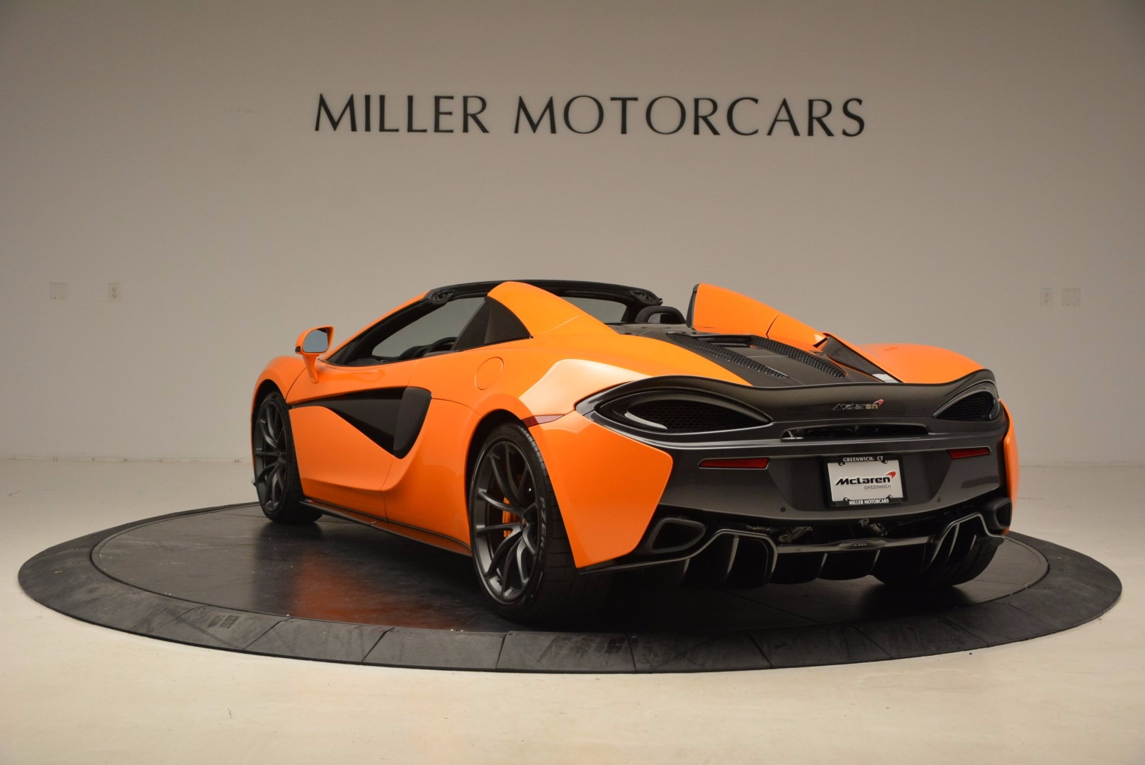New 2018 McLaren 570S Spider  For Sale In Westport, CT 1580_p5