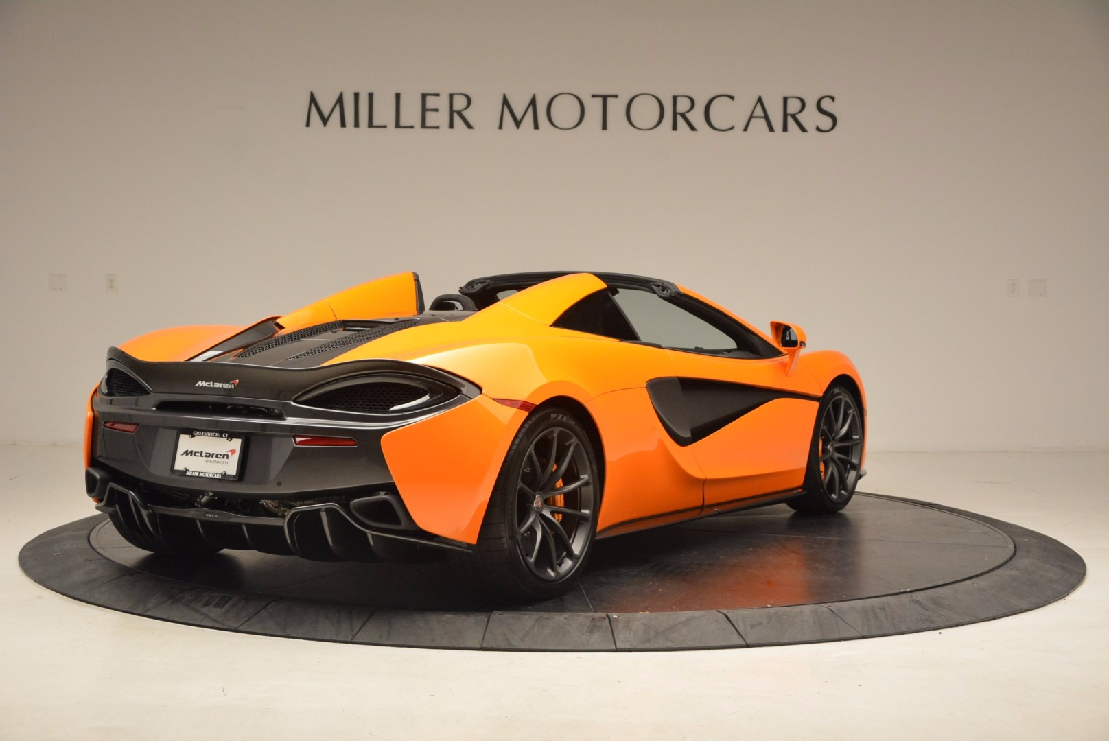 New 2018 McLaren 570S Spider  For Sale In Westport, CT 1580_p7