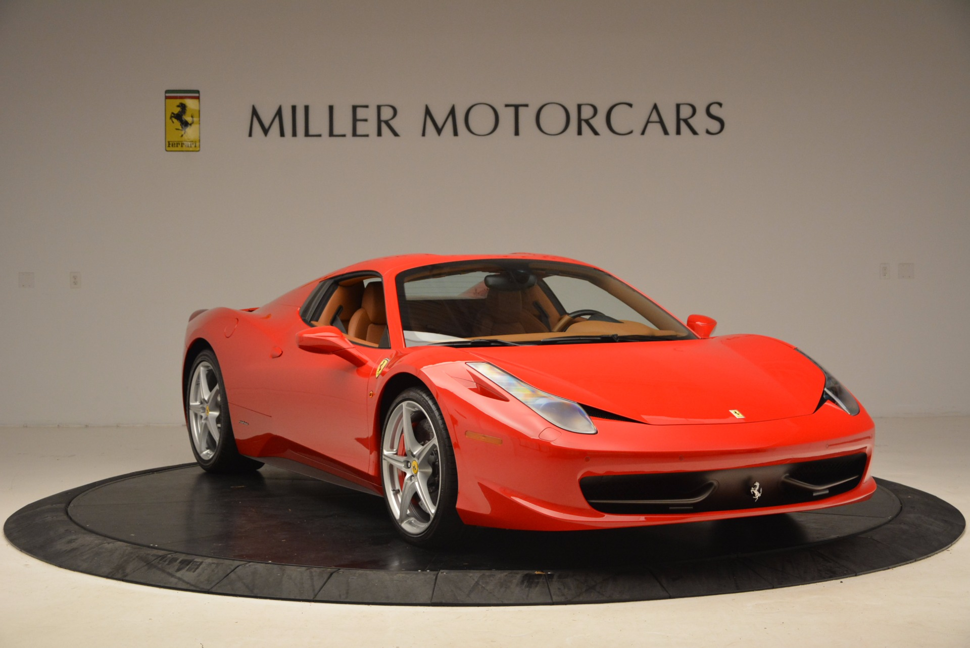Used 2012 Ferrari 458 Spider  For Sale In Westport, CT 1581_p23