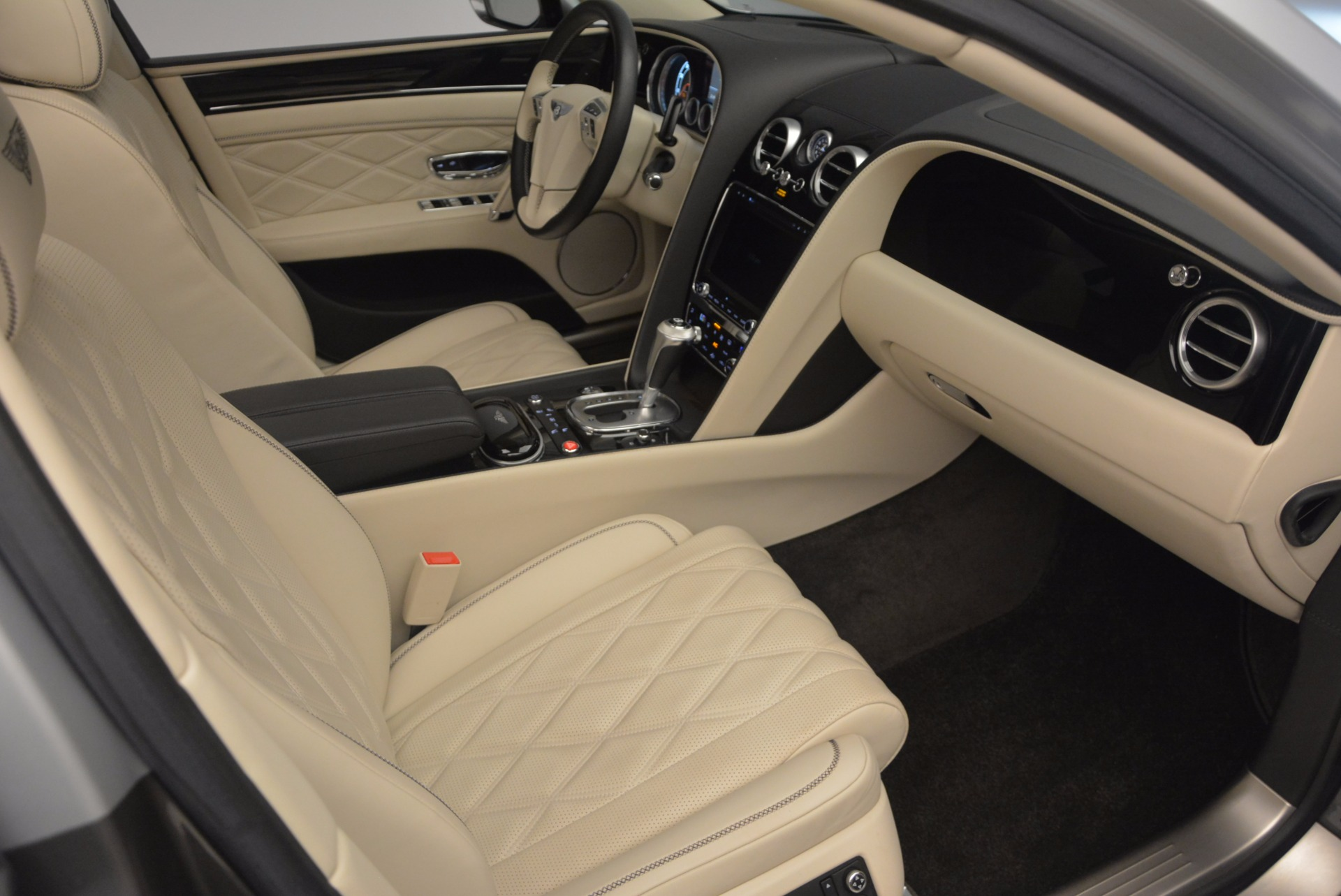Used 2015 Bentley Flying Spur W12 For Sale In Westport, CT 1582_p41
