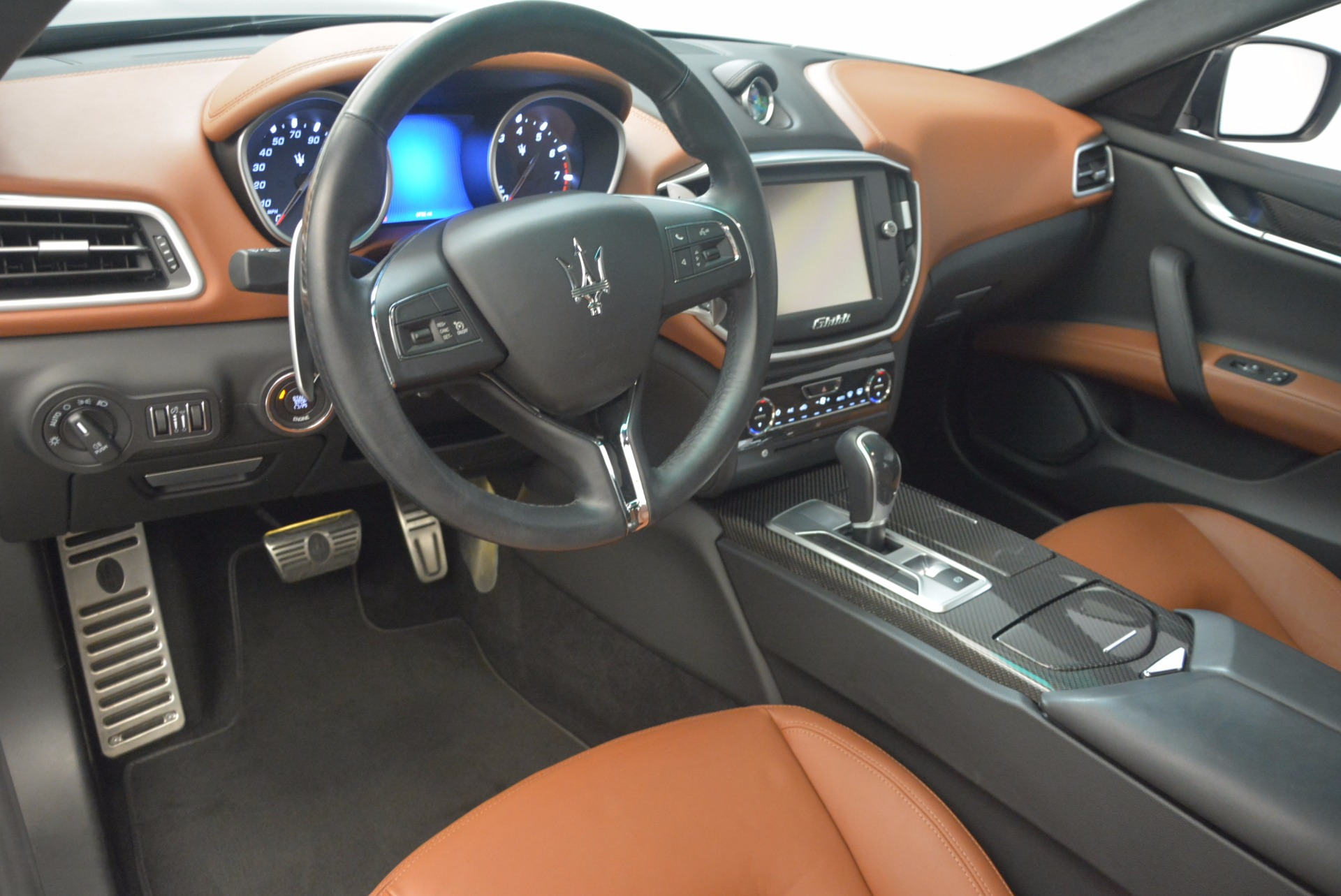Used 2014 Maserati Ghibli S Q4 For Sale In Westport, CT 1587_p14