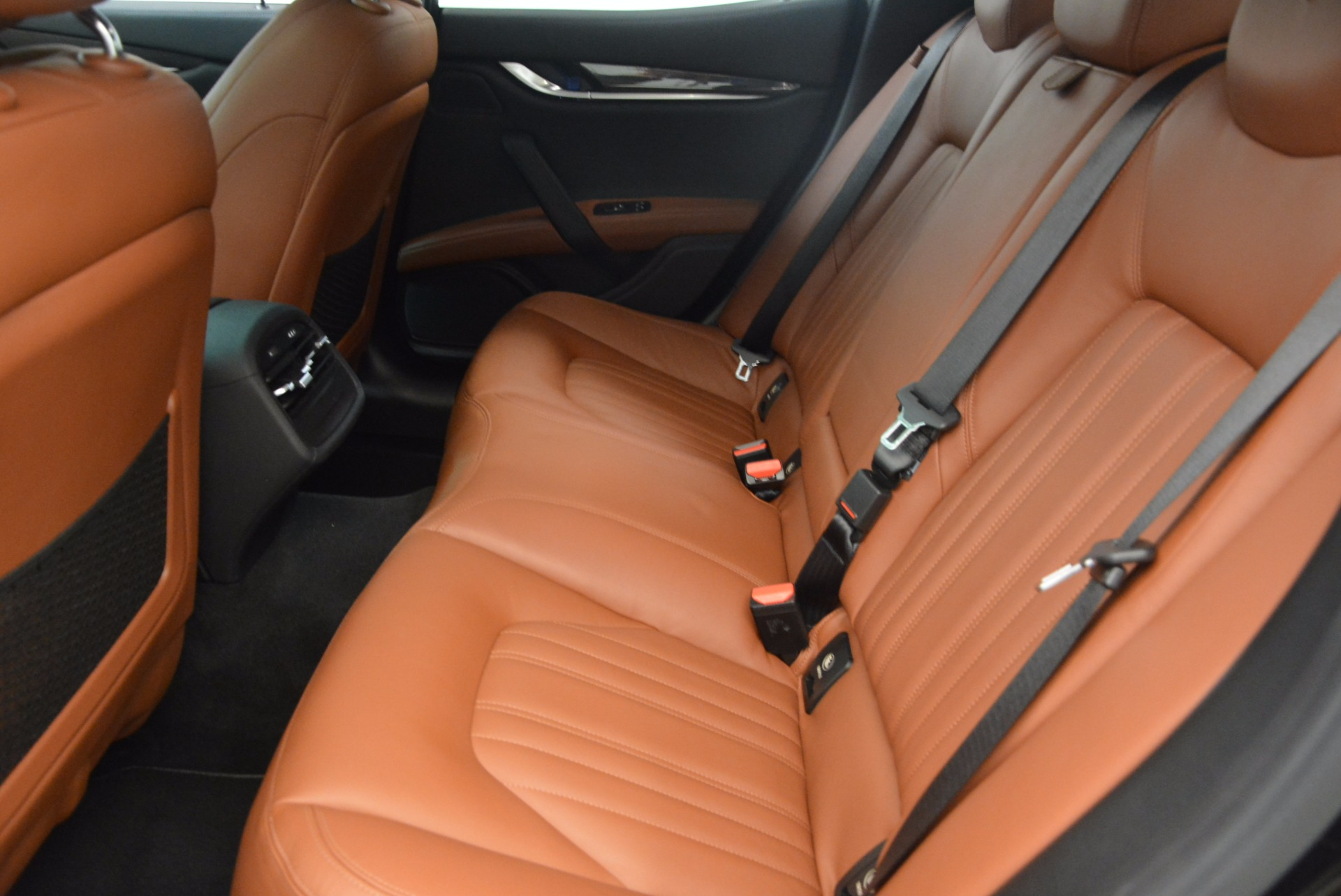 Used 2014 Maserati Ghibli S Q4 For Sale In Westport, CT 1587_p18