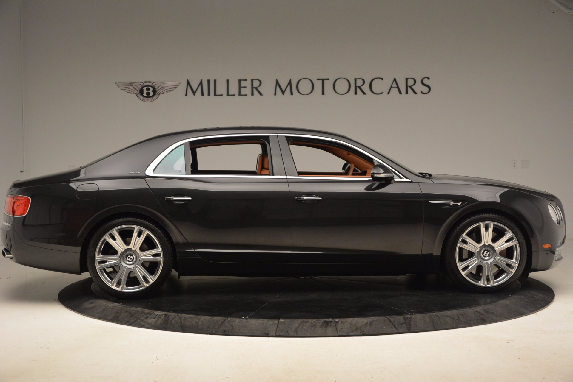 Used 2014 Bentley Flying Spur W12 For Sale In Westport, CT 1598_p14