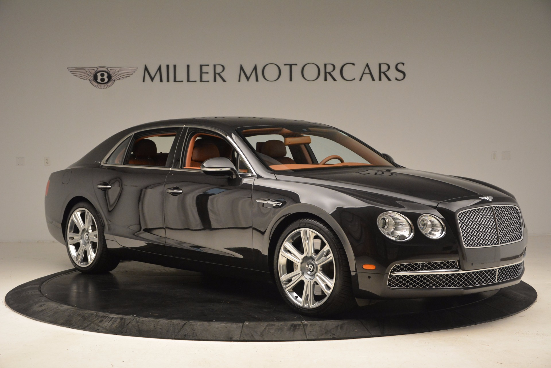 Used 2014 Bentley Flying Spur W12 For Sale In Westport, CT 1598_p16